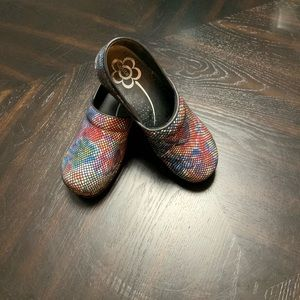 Sanita clogs size 40